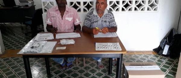 Funcionarios del Consulado de Colombia en Puerto Obaldía presidieron el acto protocolario de inicio de la jornada electoral